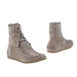 SAM EDELMAN Katelyn Studded Ankle Moccasin Boots